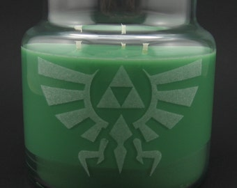 Legend of Zelda Hylian Crest Triforce Laser Etched Container Candle - Yellow or Green