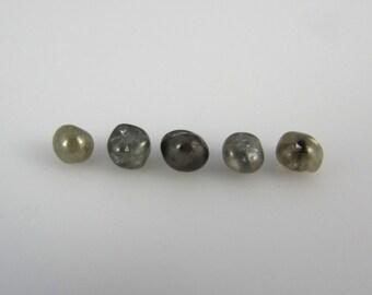 1.25 carat lot of 5 polished diamonds, rough diamonds, raw diamonds, certified conflict free