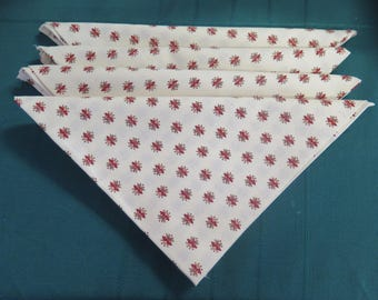 """Cotton napkins. Set of napkins, cloth napkins French Provence. Red little """"flowers"""" in white background."""