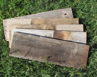 Old Wood ON SALE! 10 Reclaimed Fence Boards - 18 Inch Length -Weathered Barn Wood Planks Good Condition - Great For Rustic Crafting!