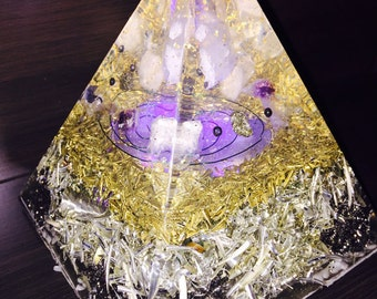New Improved Extra large Reiki-orgone Pyramid with multi-color LED