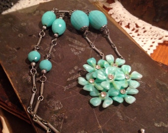 Free US Shipping!! Repurposed Vintage Earring Necklace