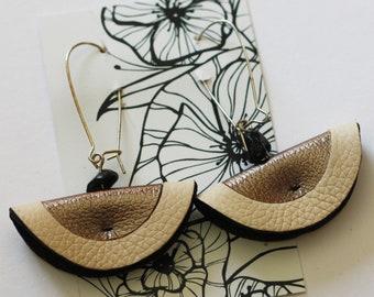 Nude earrings & Silver earrings