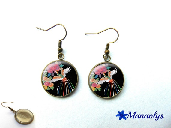 Earrings bronze color, retro, vintage, glass cabochons night China 1065