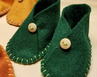 Felt Baby Booties - Natural - Eco-Friendly Moccasins - Hand Sewn with Buttons