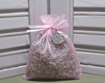 """Party favor, lavender sachet, dried lavender, baby shower, baby reveal, baby girl, It's a Girl charm, Thank You, 3"""" by 4"""" pink organza bag"""