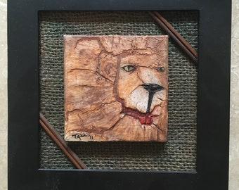 """Leo: Original Mixed Media Gemälde von Tazz. 6,5""""X 6,5"""" X 1/2. """" Umrahmt von der Künstlerin. Outsider Art."""
