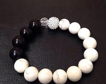 Off White & Black Classy Bracelet