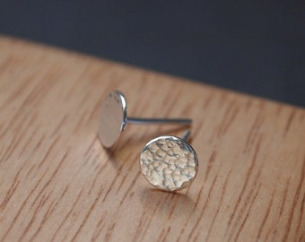 Sterling silver earrings, tiny hammered silver studs for everyday wear, approx. 7mm diameter, unisex earrings handmade in the UK