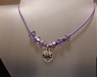 Reversible pendant necklace