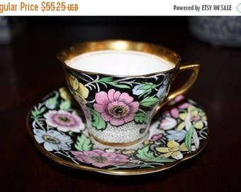 ON SALE Rosina Bone China Tea Cup & Saucer Set * Made In England * 1930's 1940's Art Deco Home Decor Collectibles
