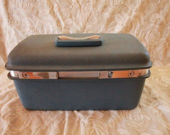 Vintage JCPenney Aspen by Samsonite Train Case