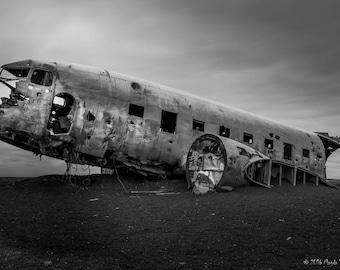 Photo print - Abandoned DC 3 plane, Solheimasandur - high quality