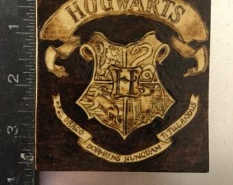 Wood Burnt Hogwarts crest magnet Harry Potter