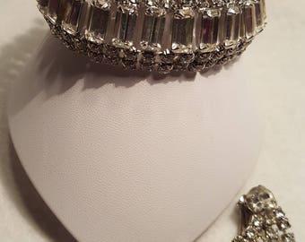 Beautiful Vintage Bracelet & Earring Set