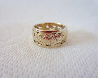 Vintage 1976 Ming's Jewelry, 14K Gold Carved Band: Birds and Flowers