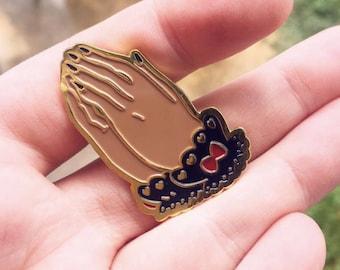 Gothic Lolita Prayer Hands Kawaii Fashion Enamel and Lapel Pin