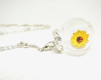 Sunflower necklace, sunflower pendant necklace, sunflower pendant necklace, paper flower necklace, glass ampoule necklace, yellow flower necklace