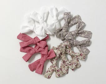 The elenor bow || handtied bow || florals || classic bows
