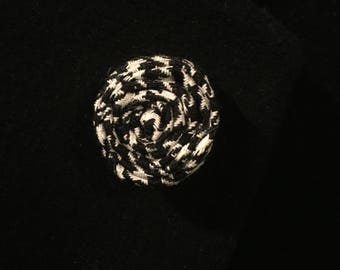Flower Lapel Pin (White Houndstooth)