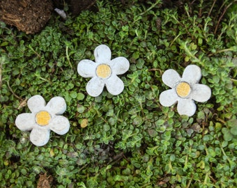 Flower Stepping Stones | Miniature Garden | Flower Fairy | Faerie | Spring | Resin Flowers | Garden Miniatures | Fairies | Fairy Decorations