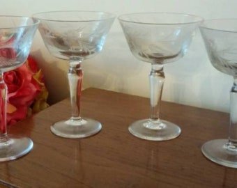4 Etched Sunflower Flared Champagne Coupe Glasses or Sherbets - Princess House (?) Elegant Stemware - Beautiful Pattern