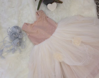 Handmade Flower girl Dress. Blush pink Age 4-5