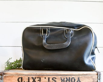 Black Vintage Bowling Bag