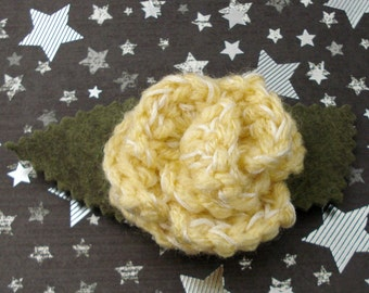 River Song - Crocheted Rose Lapel Pin - Pale Gold and White (SWG-PL-DWRS01)