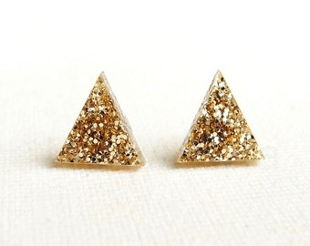 Gold Glitter Earrings, Sparkly Earrings, Triangle Stud Earrings, Holiday Party Jewelry, Glitter Earrings, Geometric Jewelry, Pyramid Studs