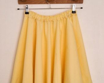 Girl skirt size M