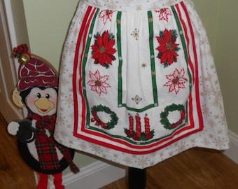 Half Apron - Vintage Christmas/Snowflake/Holiday Print