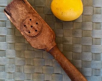 Vintage wooden lemon squeezer - citrus press