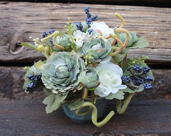 Small Silk Floral Arrangement-White/Blue (S18-95)