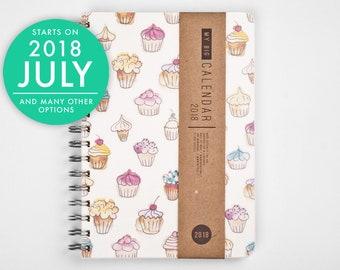 2018 2019 Weekly Planner - Gift for her - Cute Cupcake design A5 Diary Daily Calendar Calendario Kalender Agenda - Open-dated
