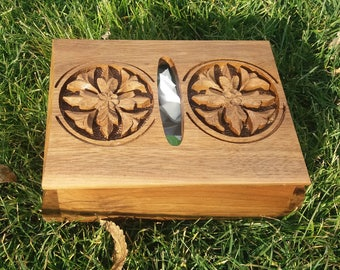 Armenian Wooden Tissue Box Holder with Eternity Sign and Flowers