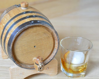 Great Fathers Day Gift! - Mini Oak Barrel perfect for aging Whiskey, Tequila, Rum, or your favorite spirit!