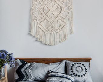 Tapestry wall hanging, Macrame wall hanging, Wall tapestry, Boho decor, Bohemian decor, Wall art, Wall decor, Bedroom decor, Gift for her