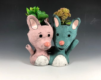 Adorable Bunny Double Planter // Rabbits // Succulent Pots // Friends // Small Sculpture // Wedding Gift // Home Decor // Cute Animals //