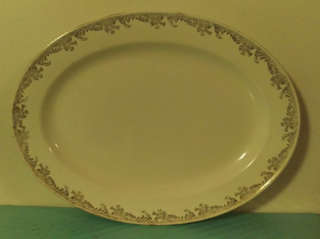 ?zoom & Vintage Edwin M. Knowles China Co. 22 Karat Gold Made In