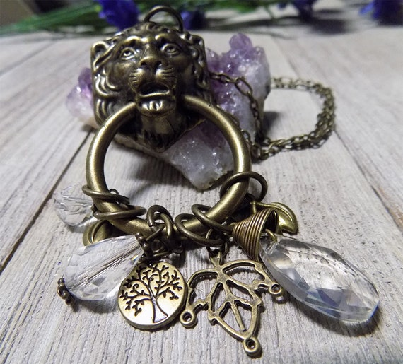 lion necklace,statement necklace,long necklace,chunky necklace,antique bronze,Vintage style necklace,steampunk necklace,charm necklace