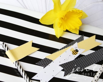 Bumble Bee Straw Flags