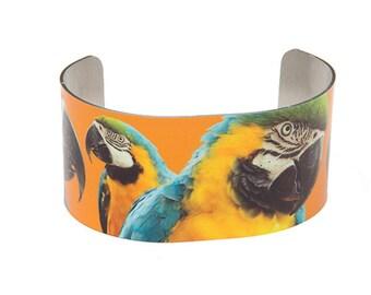 Photo cuff bracelet, aluminum, Majestic Macaw, fine art for your wrist, HueDew