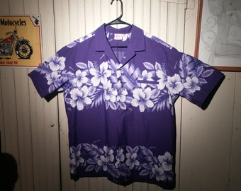 Vintage XL Mens Hawaiian Short Sleeved Shirt by Kalena Fashions of Hawaii - Purple Hibiscus Flowers - late 1970s early 1980s