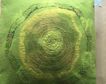 Felted pillow cover - kussenhoes v vilt green olive groen olijfkleur
