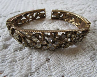 Vintage Holly Craft Hinged Clamper Bracelet - Free Shipping