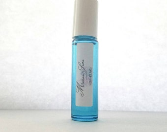 Perfume Oil Roll On - Handmade Perfume Oil - Black Widow Essential Oil Blend - Perfume Body Oil - Luxe Botanical Vegan Perfume Oil Roll On