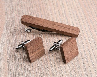 Boyfriend gift, Personalization gift. Wood Cufflinks tie Clip. Cufflinks Set Wedding Walnut Square Cufflinks. Groomsmen Cufflinks set.