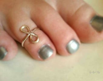 Infinity Toe Ring, Finger Ring, Adjustable Ring, Summer Jewelry, College Break, Minimalist, Simple Ring