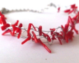coral bracelet, beads, filament, hand-made,